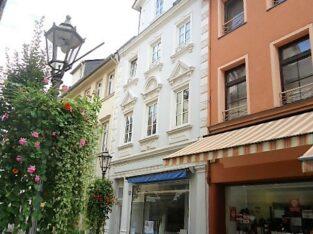 Boppard-Fußgängerzone, Ladenlokal mit großem Schaufenster